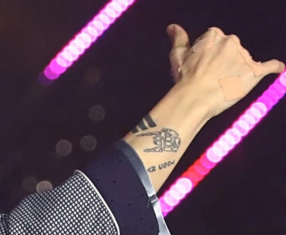 bts ジョングク タトゥー 意味 いつから 手 腕 ファン